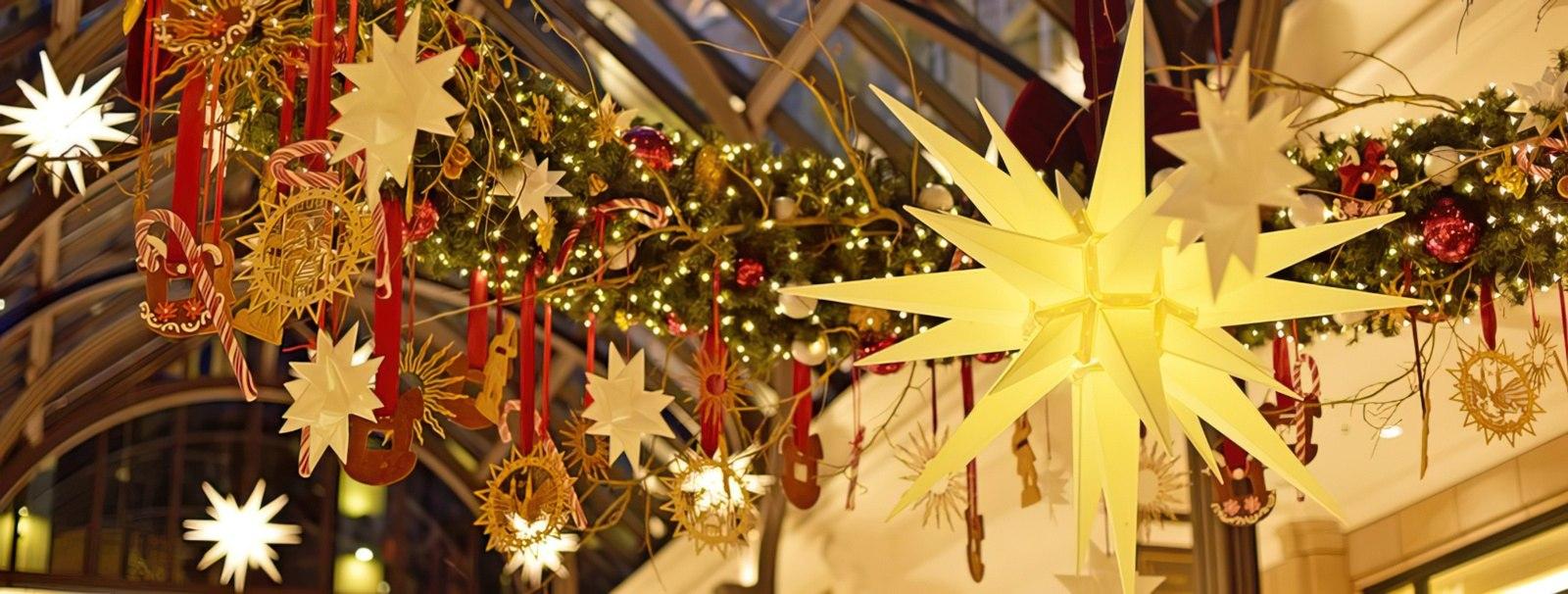 Ersatzglühlampen Für Weihnachtsbeleuchtung.Original Herrnhuter Sterne Wunderschöne Lichterkette Mit 10 Weihnachtsternen Für Innen Und Außen ø 13 Cm Kunststoff Rot